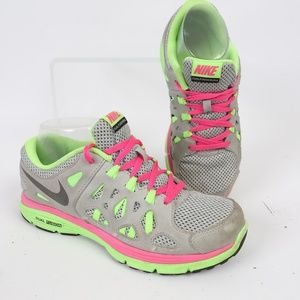 Nike Dual Fusion Girls Athletic Running Shoe 4.5Y